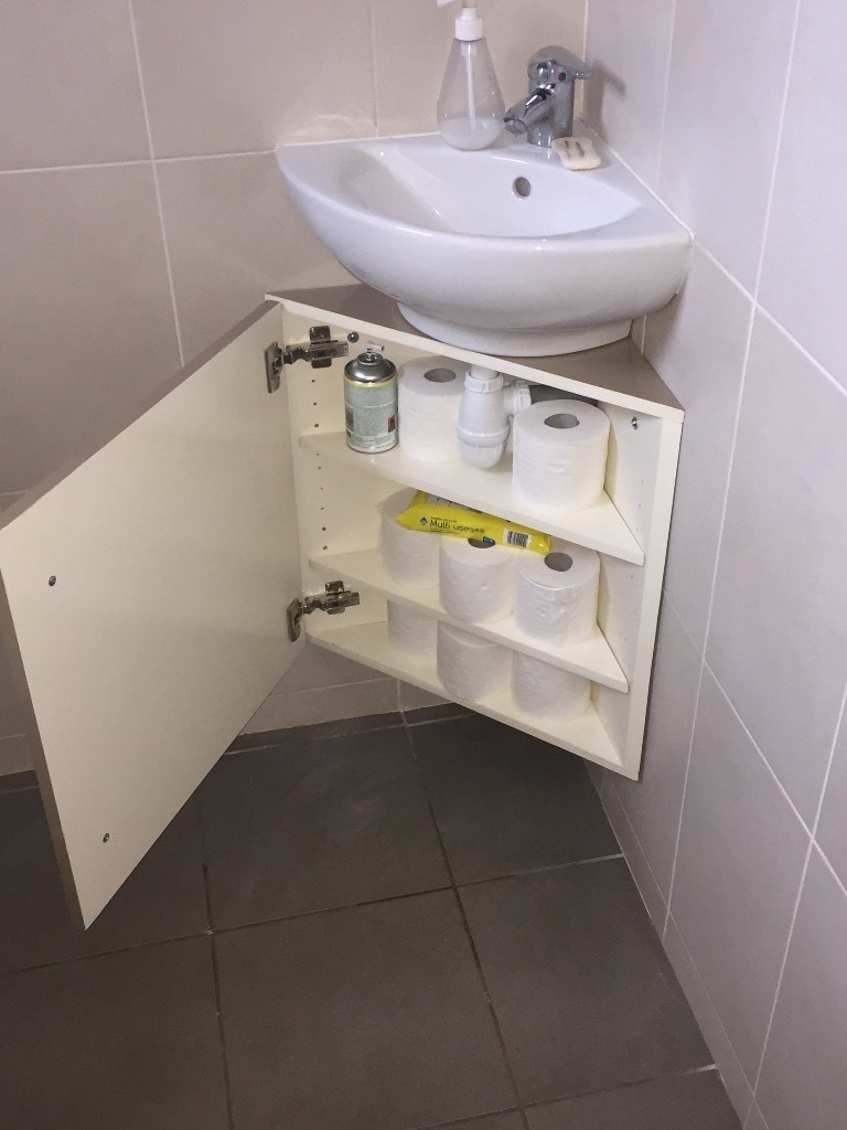Meuble d'angle sous vasque