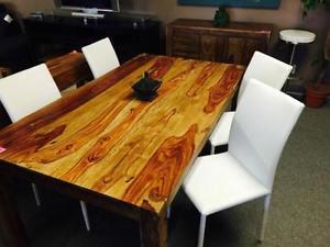 Table de cuisine en bois de teck