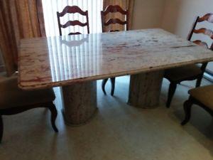 Table de cuisine en granit