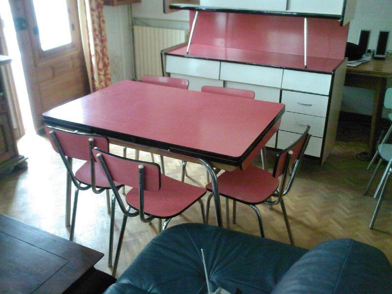 Table de cuisine vintage a vendre