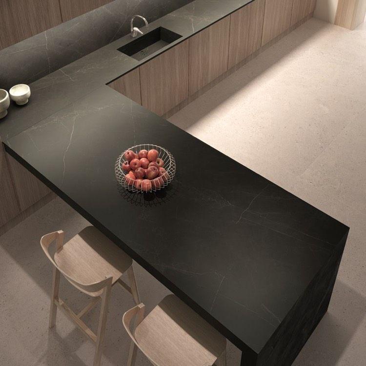 Plan de travail cuisine aspect marbre