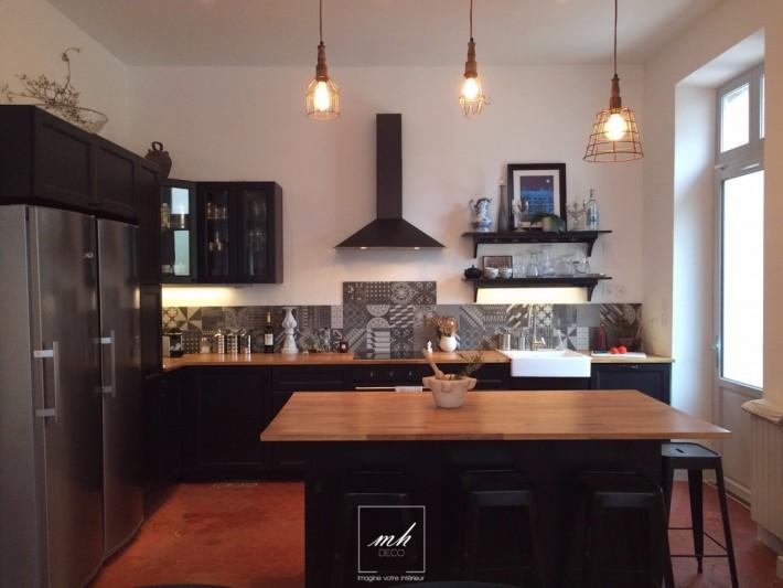 modele de cuisine ancienne renovee. Black Bedroom Furniture Sets. Home Design Ideas