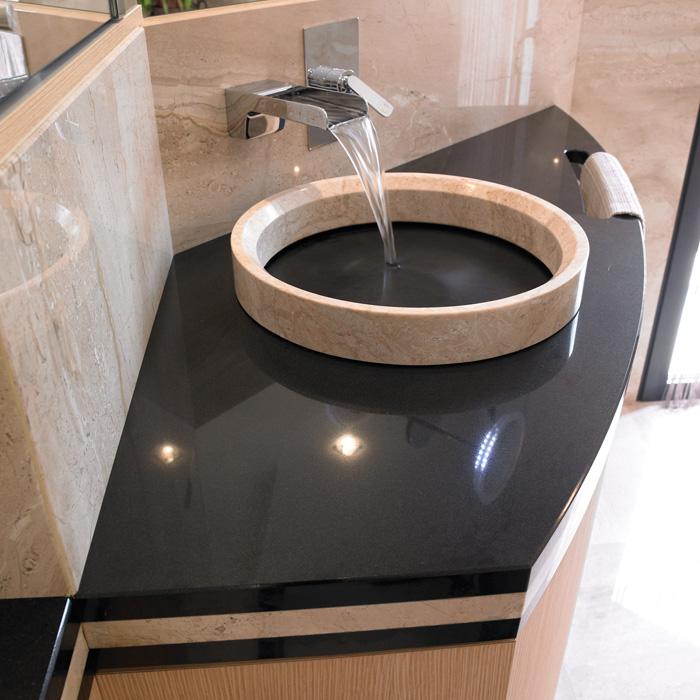 Plan de travail salle de bain en granit