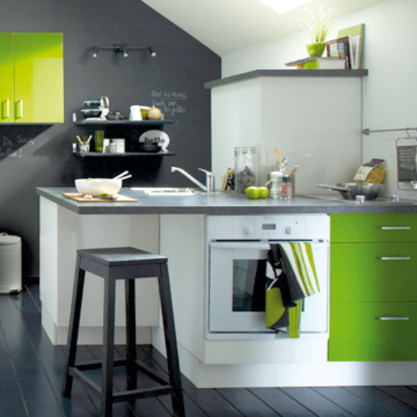 Deco cuisine gris et vert anis