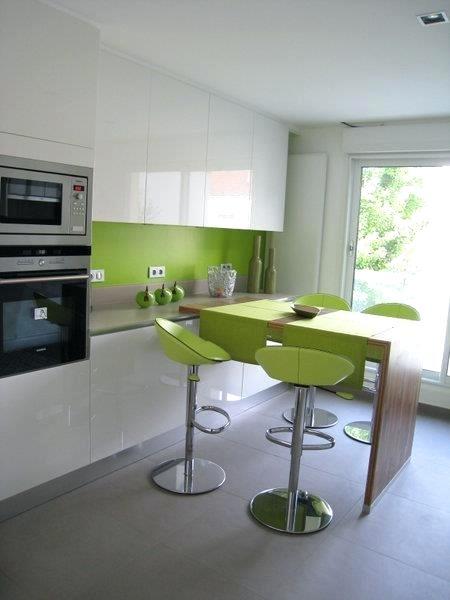 Idee deco cuisine blanche et verte