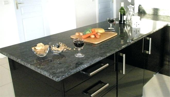 Plan de travail cuisine granit noir mat