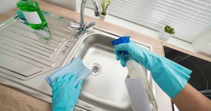 Plan de travail cuisine nettoyage