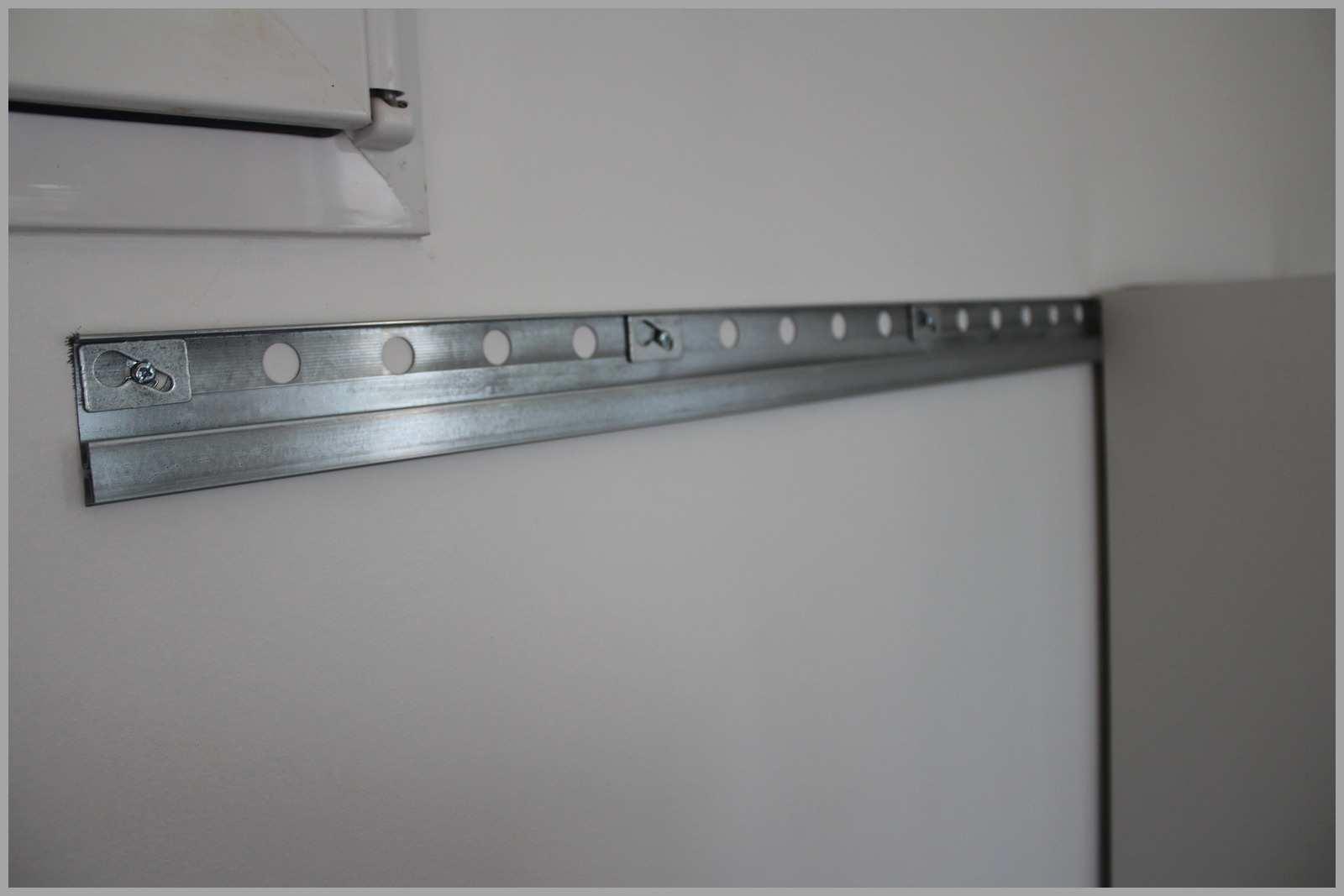 Fixation meuble haut cuisine sur du placo