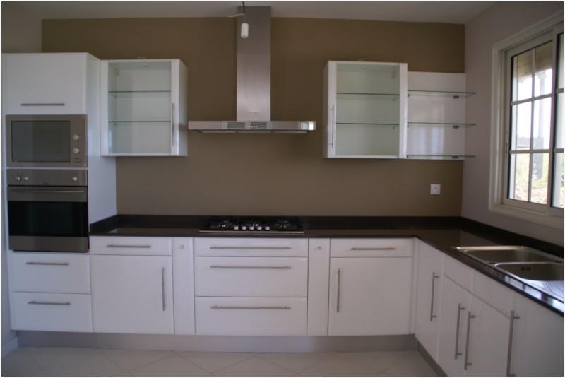 peinture pour mur cuisine blanche. Black Bedroom Furniture Sets. Home Design Ideas