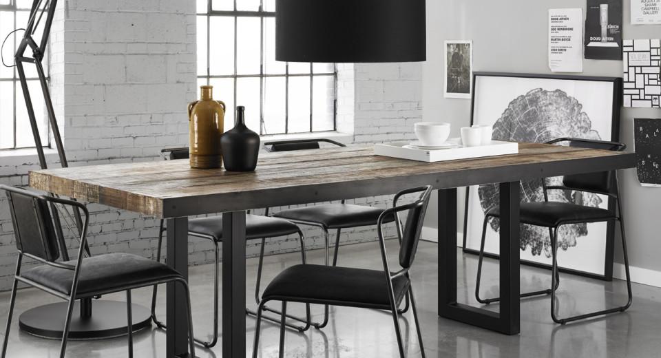 Table de cuisine noir a vendre