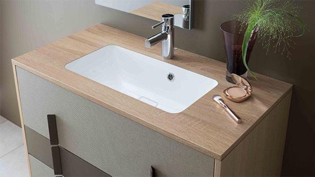 Plan de travail salle de bain largeur