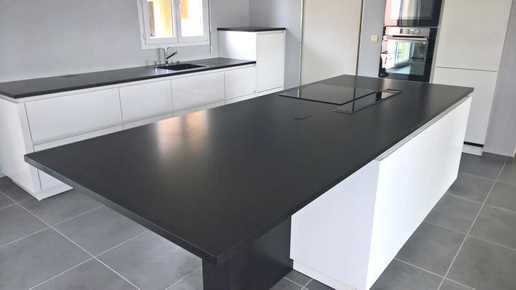 plan de travail cuisine granit avis. Black Bedroom Furniture Sets. Home Design Ideas