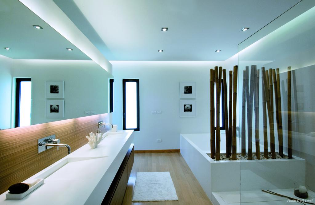 Plan de travail salle de bain en corian