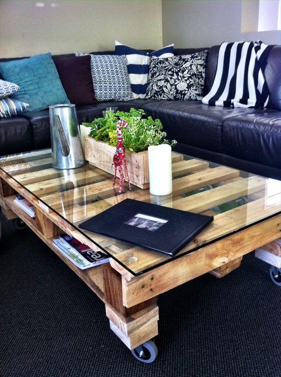 Table basse palette de chantier
